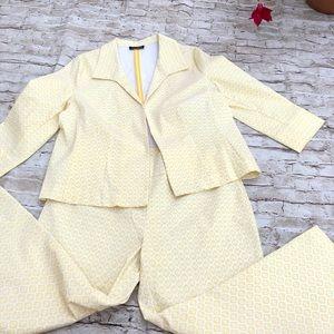 Attire medium weight stretch yellow geometric suit